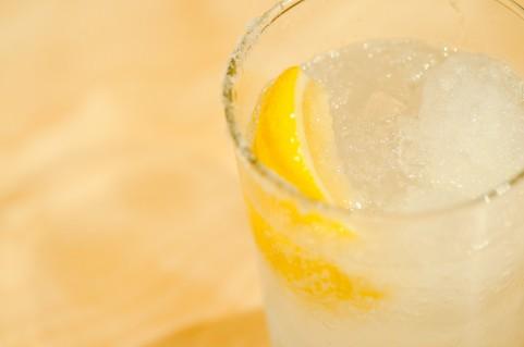 レモンサワーと餃子